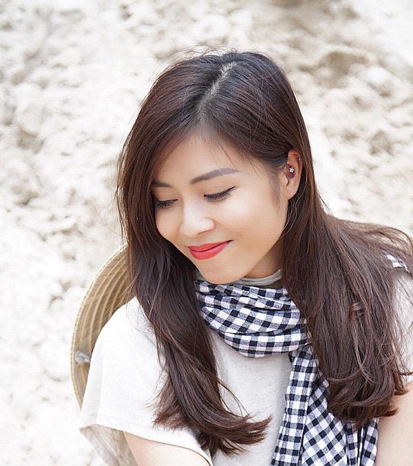 Quyến rũ như model, MC Hoàng Linh chia sẻ bí quyết giảm béo bụng giữ gìn vóc dáng