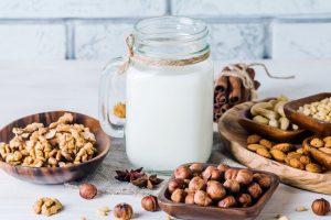 Uống nước gì vào buổi sáng để giảm cân tự nhiên hiệu quả sau nghỉ lễ?